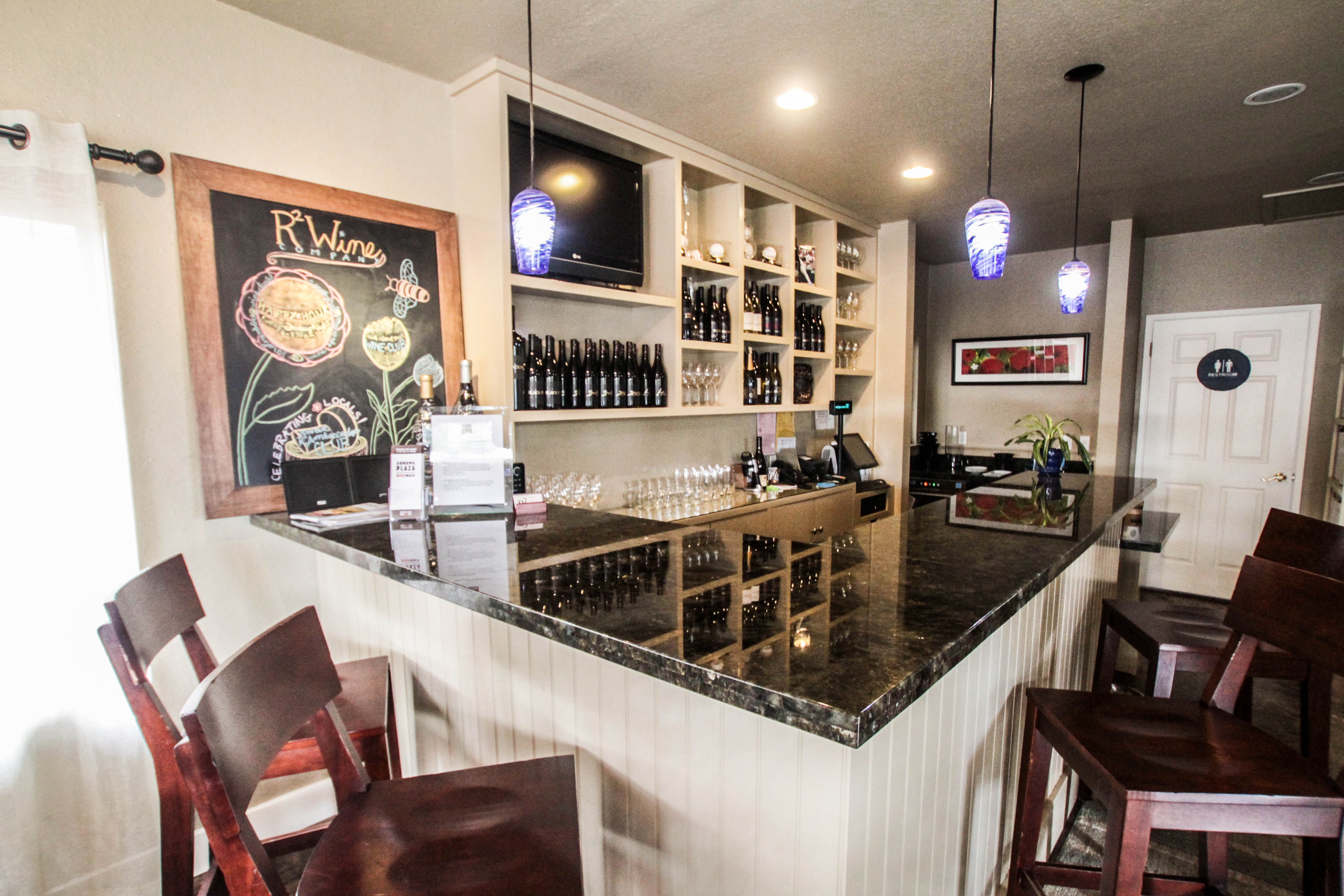 R2 Winery Tasting Room In Sonoma Ca Arrowtown
